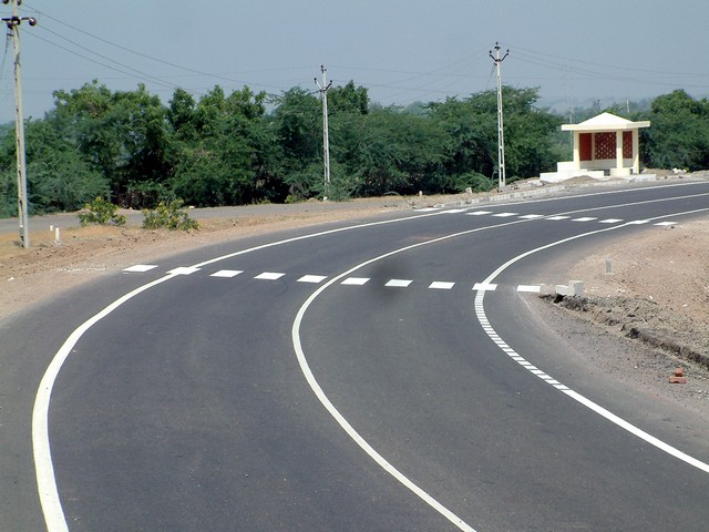 Thermoplastic Road Marking Paint showing Edge Lines and Continuous Centre Line